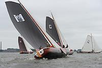 SKUTSJESILEN: LEMMER: Baai van Lemmer, 29-05-2014, Lemmer Ahoy, De zes gebroeders Makkum (schipper Klaas Kuperus), ©foto Martin de Jong