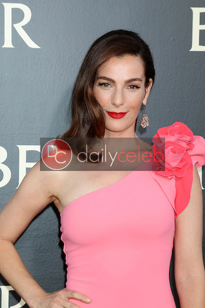 Ayelet Zurer<br /> at the &quot;Ben-Hur&quot; Premiere, TCL Chinese Theater IMAX. Hollywood, CA 08-16-16<br /> David Edwards/DailyCeleb.com 818-249-4998