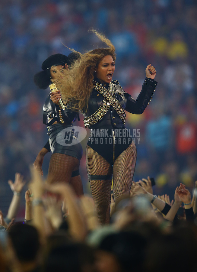 Feb 7, 2016; Santa Clara, CA, USA; Recording artist Beyonce performs during the half time show of the Denver Broncos game against the Carolina Panthers in Super Bowl 50 at Levi's Stadium. Mandatory Credit: Mark J. Rebilas-USA TODAY Sports
