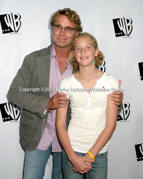 John Schneider and daughter Karis.Warner Brothers TCA Summer Press Tour Party.(TCA = Television Critics Association).Los Angeles, CA.July 22, 2005.©2005 Kathy Hutchins/Hutchins Photo