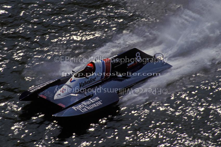 Mike Cashin, A-8 Valvoline  (2.5 MOD class hydroplane(s) Stubenville, Ohio 1993