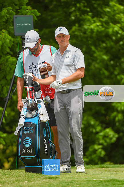 Jordan Spieth (USA) looks over his tee shot on 6 during round 3 of the 2019 Charles Schwab Challenge, Colonial Country Club, Ft. Worth, Texas,  USA. 5/25/2019.<br /> Picture: Golffile | Ken Murray<br /> <br /> All photo usage must carry mandatory copyright credit (© Golffile | Ken Murray)