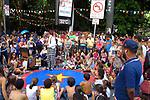 Show de magicas para crianças e adultos na Avenida Paulista. 2016. Foto de Marcia Minillo.