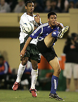 25 June 2005:   Tyrone Marshall of LA Galaxy battles for the ball against Brian Ching of Earthquakes at Spartan Stadium in San Jose, California.   Earthquakes defeated LA Galaxy, 3-0.  Mandatory Credit: Michael Pimentel / ISI