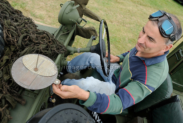 David Pile using the sun compass of a Land Rover Series 1 SAS. Dunsfold Collection Open Day 2009. NO RELEASES AVAILABLE.