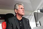 04.11.2010,  BayArena, Leverkusen, GER, UEFA EL, Bayer Leverkusen vs Aris Thessaloniki , 4. Spieltag, im Bild: Jupp Heynckes (Trainer Leverkusen) Foto © nph / Mueller