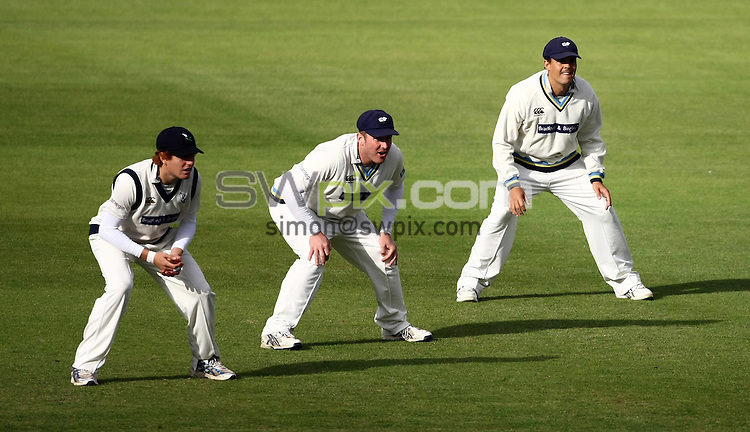 PICTURE BY VAUGHN RIDLEY/SWPIX.COM - Cricket - LV County Championship - Yorkshire v Hampshire, Day 3 - Headingley, Leeds, England - 25/09/09...Copyright - Simon Wilkinson - 07811267706...Yorkshire's Jonathan Bairstow, Anthony McGrath and Jacques Rudolph field in the slips.