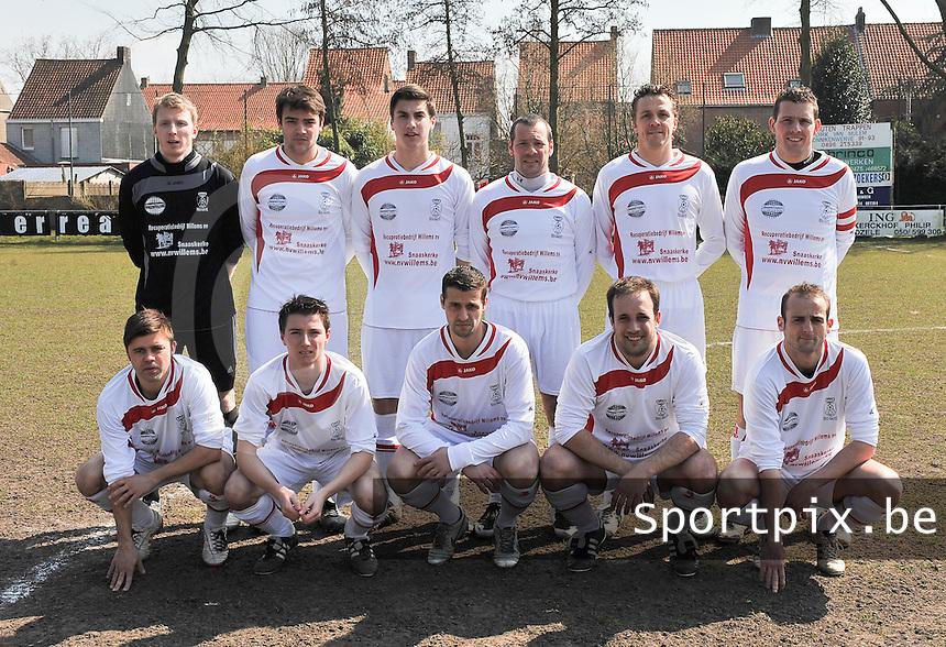 KEG Gistel : ploegfoto voor de wedstrijd.foto VDB / BART VANDENBROUCKE