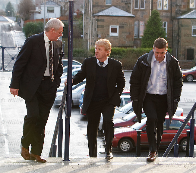 Walter Smith, Gordon Strachan and Mak McGhee arrive at Hampden for the SPL managers' meeting