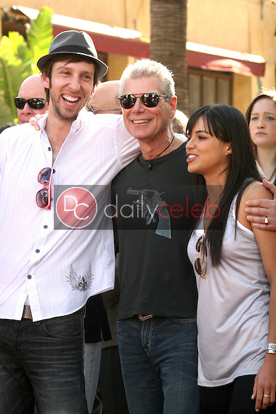 Joel David Moore, Stephen Lang and Michelle Rodriguez<br /> at the induction ceremony for James Cameron into the Hollywood Walk of Fame, Hollywood Blvd, Hollywood, CA.  12-18-09<br /> David Edwards/Dailyceleb.com 818-249-4998