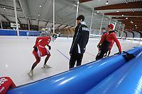 SCHAATSEN: LEEUWARDEN: 21-06-2016, ELFSTEDENHAL, Training Zomerijs, nieuwe sprinttrainer Noorse schaatsers Jeremy Wotherspoon, ©foto Martin de Jong