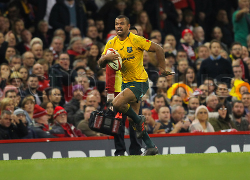 11th November 2017, Principality Stadium, Cardiff, Wales; Autumn International Series, Wales versus Australia; Kurtley Beale of Australia races away to score his sides fourth try