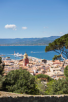 Frankreich, France, Provence-Alpes-Côte d'Azur, Saint-Tropez: View over old town | Provence-Alpes-Côte d'Azur, Saint-Tropez: Blick ueber die Altstadt