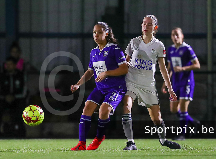 20190920 – LEUVEN, BELGIUM : RSC Anderlecht's Sakina Ouzraoui Diki and OHL's Noa Corbeels is pictured during a women soccer game between Dames Oud Heverlee Leuven A and RSC Anderlecht Ladies on the fourth matchday of the Belgian Superleague season 2019-2020 , the Belgian women's football  top division , friday 20 th September 2019 at the Stadion Oud-Heverlee Korbeekdam in Oud Heverlee  , Belgium  .  PHOTO SPORTPIX.BE | SEVIL OKTEM