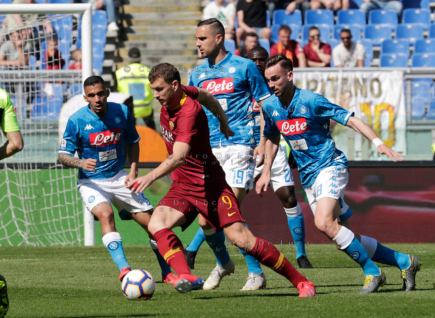 Edin Dzeko of AS Roma  during the  italian serie a soccer match, AS Roma -  SSC Napoli       at  the Stadio Olimpico in Rome  Italy , March 31, 2019