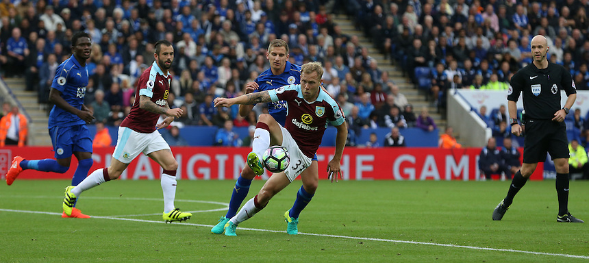 Burnley's Scott Arfield and Leicester City's Marc Albrighton<br /> <br /> Photographer Stephen White/CameraSport<br /> <br /> The Premier League - Leicester City v Burnley - Saturday 17th September 2016 - King Power Stadium - Leicester <br /> <br /> World Copyright &copy; 2016 CameraSport. All rights reserved. 43 Linden Ave. Countesthorpe. Leicester. England. LE8 5PG - Tel: +44 (0) 116 277 4147 - admin@camerasport.com - www.camerasport.com