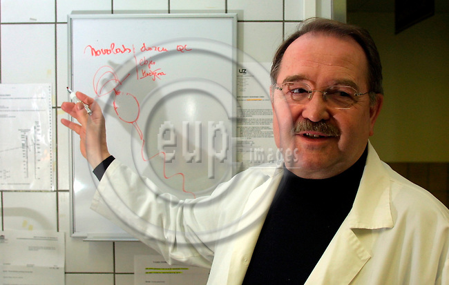GHENT - BELGIUM - FEB 20 2003 -- Dr Frank Comhaire, Ghent University Hospital, Belgium Center for medical and urological Andrology.  PHOTO: EUP-IMAGES.COM / ERIK LUNTANG