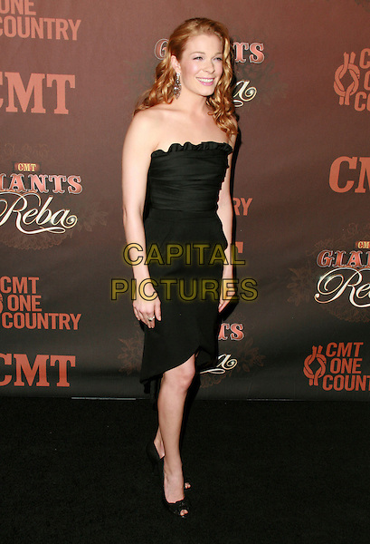 LEANNE RIMES.At CMT Giants honoring Reba McEntire held at the Kodak Theatre, Hollywood, LA, California, USA.26 October 2006..full length black strapless dress.Ref: ADM/CH.www.capitalpictures.com.sales@capitalpictures.com.©Charles Harris/AdMedia/Capital Pictures.