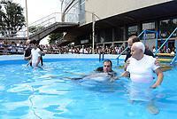 Roma, 15 Luglio 2017<br /> Giovani e anziani durante il Battesimo<br /> Congresso dei Testimoni di Geova con Battesimi presso il PalaLottomatica