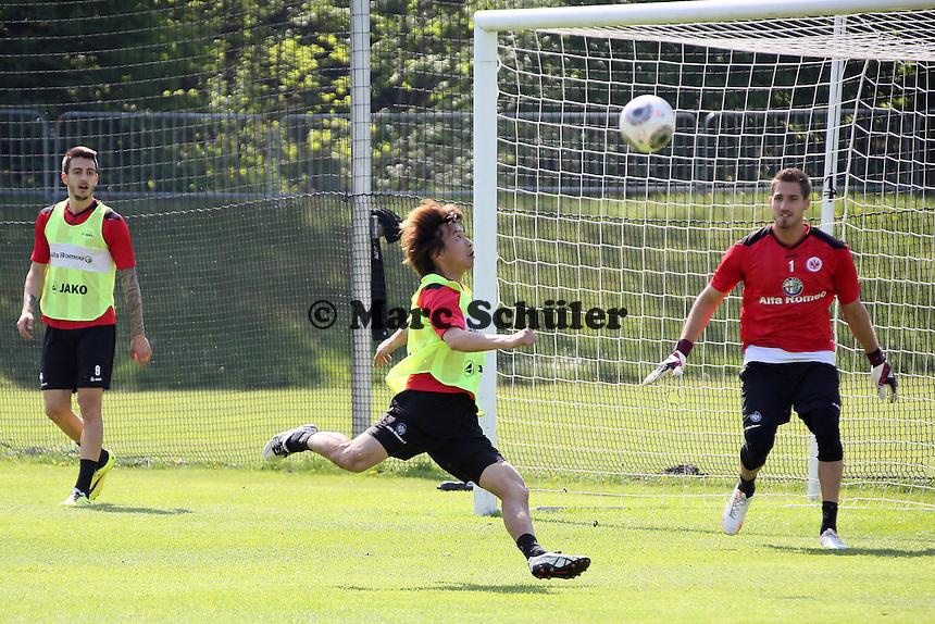Takashi Inui (Eintracht) - Eintracht Frankfurt Training, Commerzbank Arena