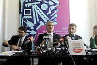 Roma, 29 Marzo 2012.Sinistra, Ecologia e Libertà..Il presidente Nichi Vendola in conferenza stampa con Massimiliano Smeriglio