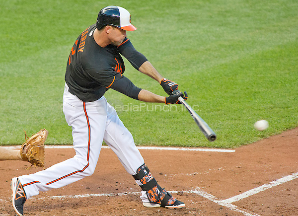Baltimore Orioles shortstop J.J. Hardy (2) singles in the first inning against the Houston Astros at Oriole Park at Camden Yards in Baltimore, MD on Friday, August 19, 2016.  The Astros won the game 15 - 8.<br /> Credit: Ron Sachs / CNP/MediaPunch ***FOR EDITORIAL USE ONLY***