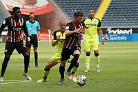 David Abraham (Eintracht Frankfurt) holt sich den Ball<br /> - 27.06.2020: Fussball Bundesliga, Saison 19/20, Spieltag 34, Eintracht Frankfurt vs. SC Paderborn 07, emonline, emspor, Namen v.l.n.r. <br /> <br /> Foto: Marc Schueler/Sportpics.de/Pool <br /> Nur für journalistische Zwecke. Only for editorial use. (DFL/DFB REGULATIONS PROHIBIT ANY USE OF PHOTOGRAPHS as IMAGE SEQUENCES and/or QUASI-VIDEO)