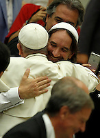 Papa Francesco saluta il rabbino Alejandro Avruj al suo arrivo all'udienza generale del mercoledi' in aula Paolo VI, Citta' del Vaticano, 3 agosto 2016.<br /> Pope Francis greets rabbi Alejandro Avruj as he arrives to attend his weekly general audience in the Paul VI hall at the Vatican, 3 August 2016.<br /> UPDATE IMAGES PRESS/Isabella Bonotto<br /> <br /> STRICTLY ONLY FOR EDITORIAL USE