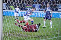 VOETBAL: HEERENVEEN: Abe Lenstra Stadion, 07-02-2015, Eredivisie, sc Heerenveen - PEC Zwolle, Eindstand: 4-0, Mark Uth (#19), Warner Hahn (#1   PEC), ©foto Martin de Jong