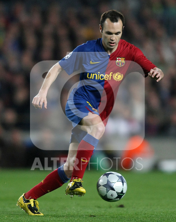 FC Barcelona's Andres Iniesta during the UEFA Champions League match.April 28 2009. (ALTERPHOTOS/Acero).