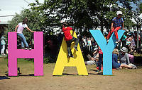 HOT AND SUNNY WEATHER PICTURE WALES<br />