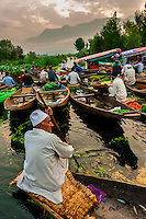 India-Kashmir-Srinagar-Dal Lake-Floating Market