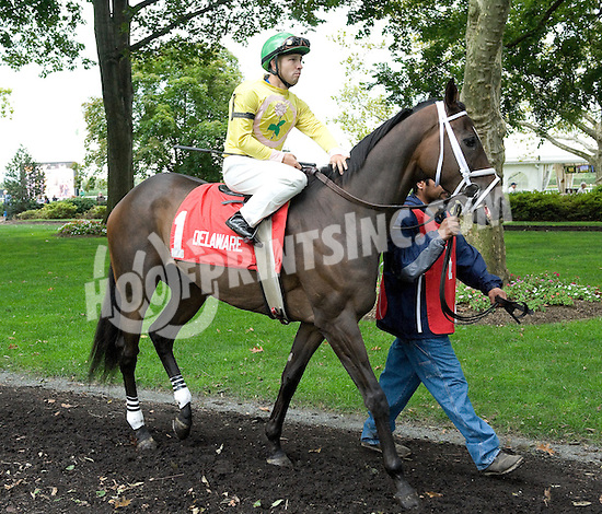 Sr. Henry before The Bud Delp Memorial Stakes at Delaware Park on 10/6/10