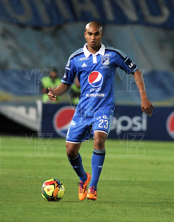 BOGOTA- COLOMBIA -02 -02-2014: Lewis Ochoa, jugador de Millonarios durante partido de la segunda fecha de la Liga Postobon I 2014, jugado en el Nemesio Camacho El Campin de la ciudad de Bogota. / Lewis Ochoa, player of Millonarios during a match for the second date of the Liga Postobon I 2014 at the Nemesio Camacho El Campin Stadium in Bogoto city. Photo: VizzorImage  / Luis Ramirez / Staff