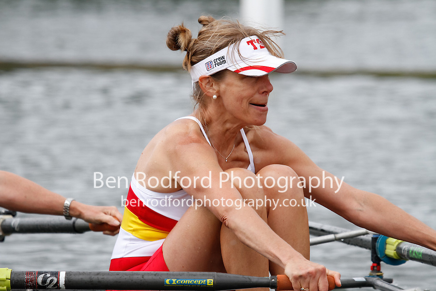 W.MasE.4x- QF -  Berks: 202 TSS (Walker) -  Bucks: 203 Walbrook RC<br /> <br /> Friday - Henley Masters Regatta 2016<br /> <br /> To purchase this photo, or to see pricing information for Prints and Downloads, click the blue 'Add to Cart' button at the top-right of the page.