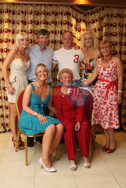 Paula McDonnell with her family at her birthday in The Valley Inn, Dunleer...Photo NEWSFILE/Jenny Matthews.(Photo credit should read Jenny Matthews/NEWSFILE)....This Picture has been sent you under the condtions enclosed by:.Newsfile Ltd..The Studio,.Millmount Abbey,.Drogheda,.Co Meath..Ireland..Tel: +353(0)41-9871240.Fax: +353(0)41-9871260.GSM: +353(0)86-2500958.email: pictures@newsfile.ie.www.newsfile.ie.FTP: 193.120.102.198.