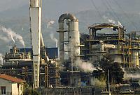 -  luglio 1988, industria chimica Farmoplant (Montedison)  a Massa Carrara<br /> <br /> - July 1988, chemical industry Farmoplant (Montedison), in Massa Carrara
