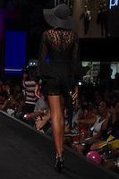 SÃO PAULO-SP-03.03.2015 - INVERNO 2015/MEGA FASHION WEEK -Oficina & Co/<br /> O Shopping Mega Polo Moda inicia a 18° edição do Mega Fashion Week, (02,03 e 04 de Março) com as principais tendências do outono/inverno 2015.Com 1400 looks das 300 marcas presentes no shopping de atacado.Bráz-Região central da cidade de São Paulo na manhã dessa segunda-feira,02.(Foto:Kevin David/Brazil Photo Press)