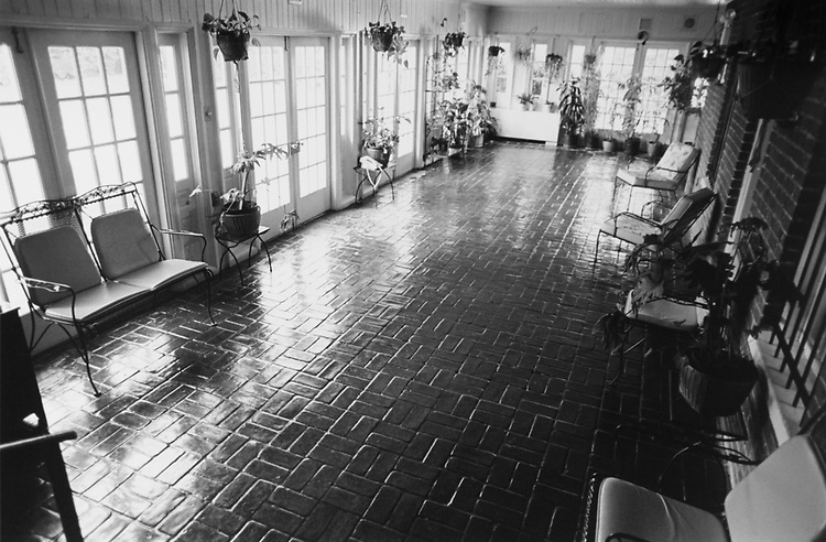Inside of Sewell Belmont House on Oct. 20, 1994. (Photo by Chris Martin/CQ Roll Call via Getty Images)
