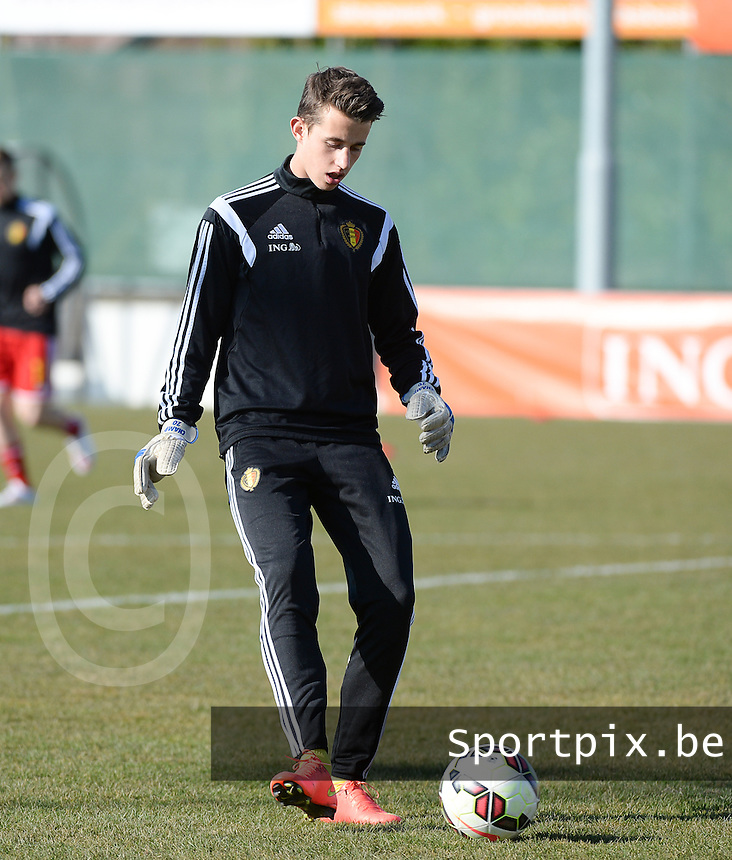 20150312 - GENDT , NETHERLANDS  : Belgian goalkeeper Gaetan Coucke pictured during the soccer match between Under 17 teams of  Belgium and Northern Ireland , on the first matchday in group 3 of the UEFA Elite Round Under 17 at De Bataven Stadion , Gendt , The Netherlands . Thursday  12 th March 2015 . PHOTO DAVID CATRY