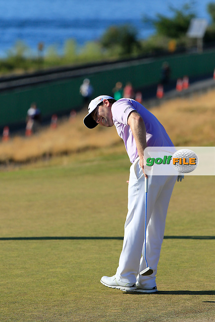 Branden GRACE (RSA) misses his putt on the 16th green  during Sunday's Final Round of the 2015 U.S. Open 115th National Championship held at Chambers Bay, Seattle, Washington, USA. 6/22/2015.<br /> Picture: Golffile | Eoin Clarke<br /> <br /> <br /> <br /> <br /> All photo usage must carry mandatory copyright credit (&copy; Golffile | Eoin Clarke)