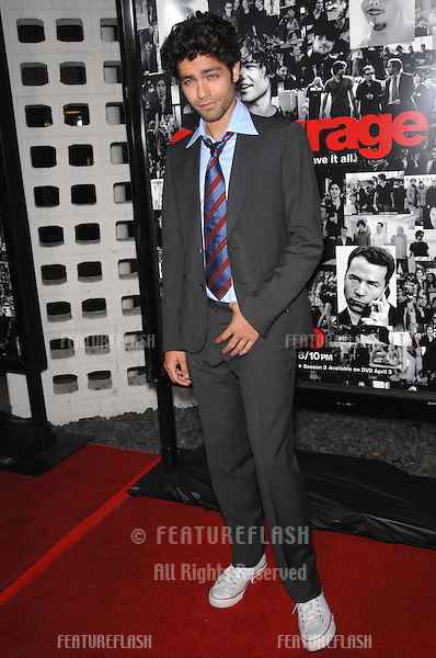 """Entourage"" star Adrian Grenier at the season premiere of ""Entourage"" at the Cinerama Dome, Hollywood..April 6, 2007  Los Angeles, CA.Picture: Paul Smith / Featureflash"