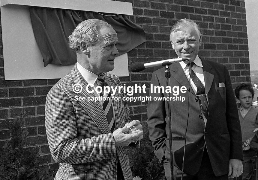 Wartime flying hero Group Captain Douglas Bader, at Newtownards Airfield, N Ireland, declaring open the Ulster Flying Club's new clubhouse pictured with Wesley Campbell, club chairman. 197504750356DB3..Copyright Image from Victor Patterson, 54 Dorchester Park, Belfast, UK, BT9 6RJ..Tel: +44 28 9066 1296.Mob: +44 7802 353836.Voicemail +44 20 8816 7153.Skype: victorpattersonbelfast.Email: victorpatterson@mac.com.Email: victorpatterson@ireland.com (back-up)..IMPORTANT: If you wish to use this image or any other of my images please go to www.victorpatterson.com and click on the Terms & Conditions. Then contact me by email or phone with the reference number(s) of the image(s) concerned.
