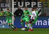 Sebastien Haller (Eintracht Frankfurt) greift an - 26.01.2018: Eintracht Frankfurt vs. Borussia Moenchengladbach, Commerzbank Arena