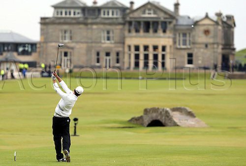 20.07.2015. Old Course, St Andrews, Fife, Scotland. Zach Johnson tees off on the 18th hole during the final round of the 144th British Open Championship at the Old Course, St Andrews in Fife, Scotland.