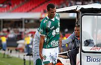 SÃO PAULO, SP,06 MAIO 2012 - CAMPEONATO PAULISTA - GUARANI x SANTOS FINAL - Neto jogador do Guarani  durante partida Guarani X Santos válido pelo primeiro jogo da final doCampeonato Paulista no Estádio Cicero Pompeu de Toledo  (Morumbi), na região sul da capital paulista na tarde deste domingo  (06). (FOTO: ALE VIANNA -BRAZIL PHOTO PRESS).