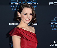 """LOS ANGELES, USA. December 17, 2019: Daisy Ridley at the world premiere of """"Star Wars: The Rise of Skywalker"""" at the El Capitan Theatre.<br /> Picture: Paul Smith/Featureflash"""
