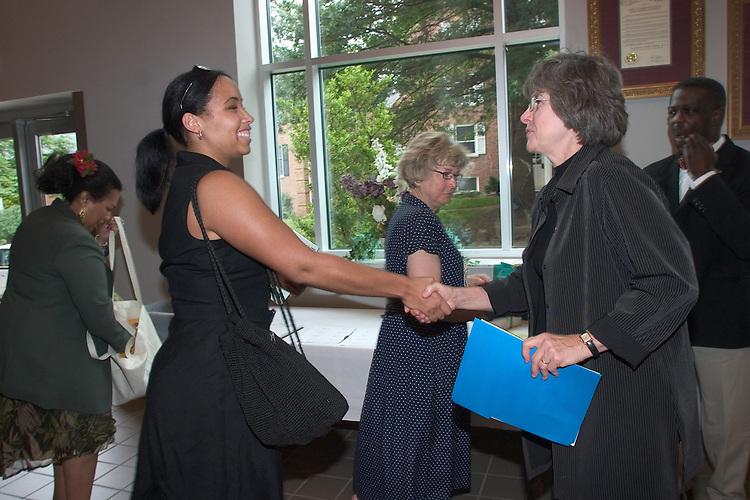 17018Jean Blackburn Burch Visiting Campus: Photos by Edmund Lo