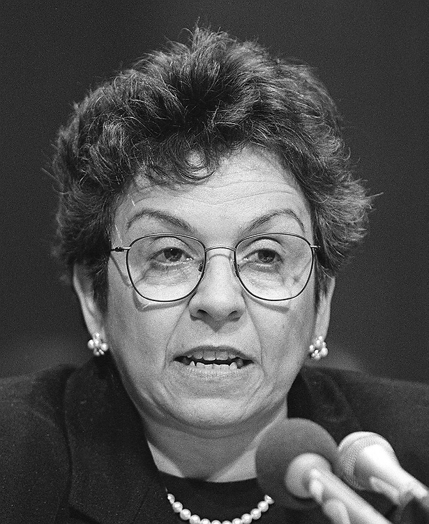 5/4/95.WELFARE -- HHS Secretary Donna Shalala at Senate Budget Committee hearing on welfare..CONGRESSIONAL QUARTERLY PHOTO BY RICHARD ELLIS