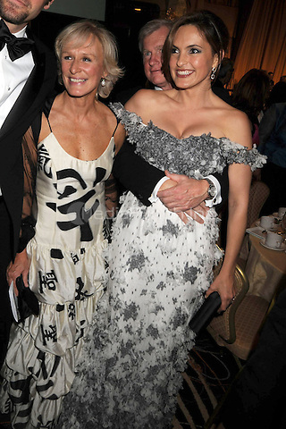 Glenn Close and Mariska Hargitay at the 2009 White House Correspondents Dinner at the Washington Hilton in Washington, DC. May 9, 2009 Credit: Dennis Van Tine/MediaPunch